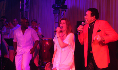 Sway playing with Smokey Robinson